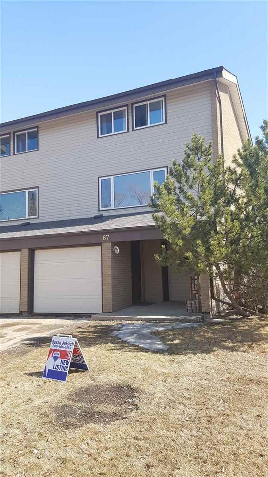 87 GRANDIN Village, 3 bed, 3 bath, at $219,900