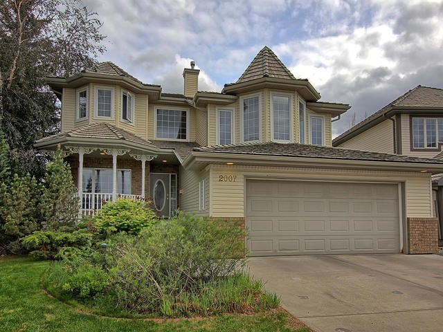 2007 HADDOW Drive, 3 bed, 3 bath, at $590,000