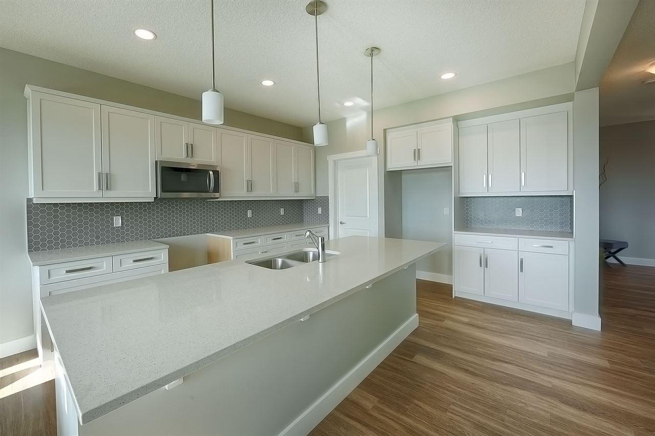 2811 200 Street, 3 bed, 2.1 bath, at $529,300