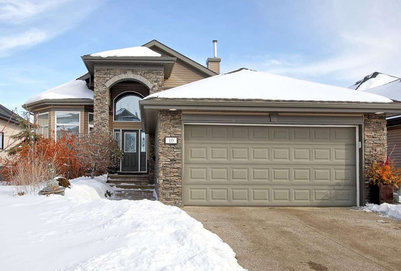 10 Oakhill Place, 4 bed, 3 bath, at $749,900