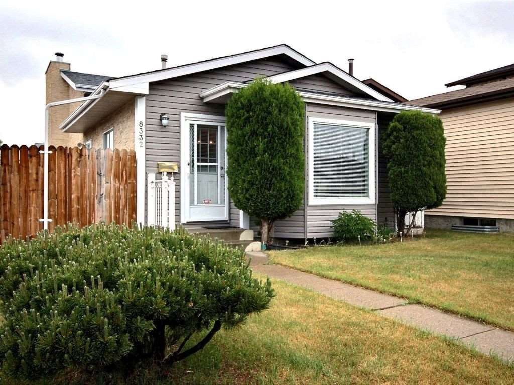 8332 158 Avenue, 2 bed, 2 bath, at $311,900