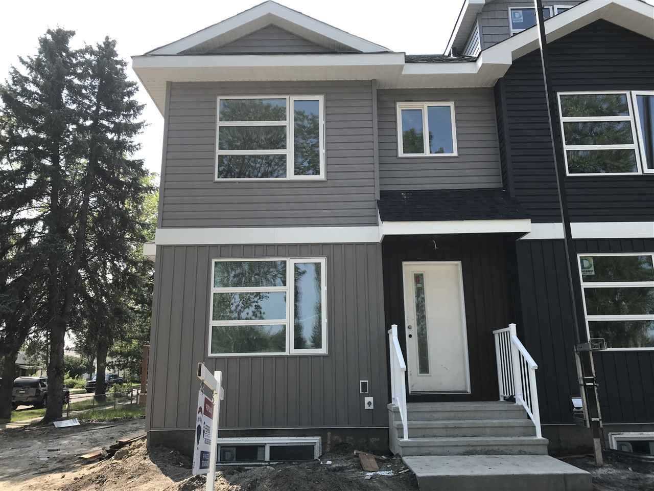 12505 115 Avenue, 3 bed, 3 bath, at $434,900