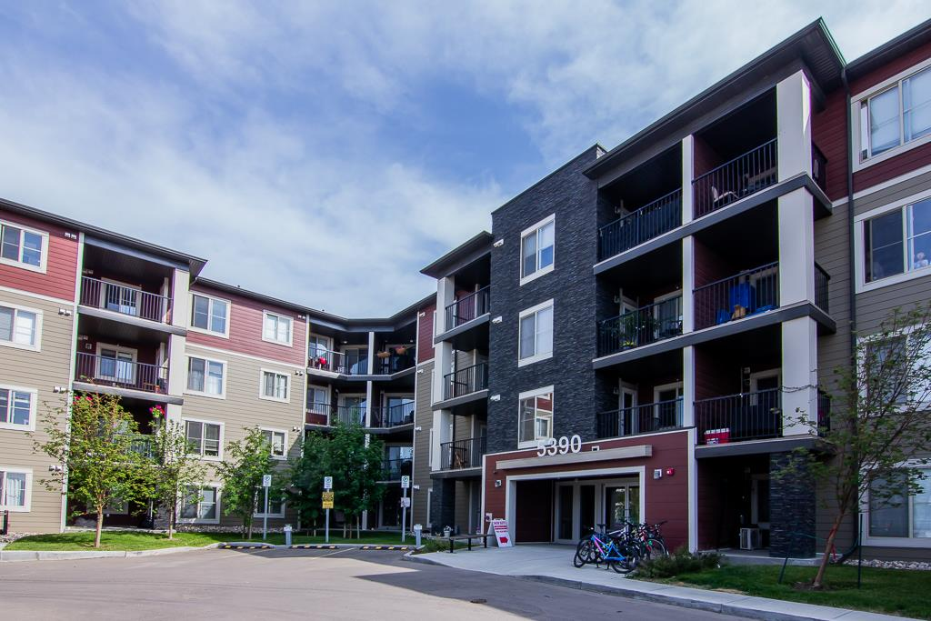 212 5390 CHAPPELLE Road, 1 bed, 1 bath, at $158,900