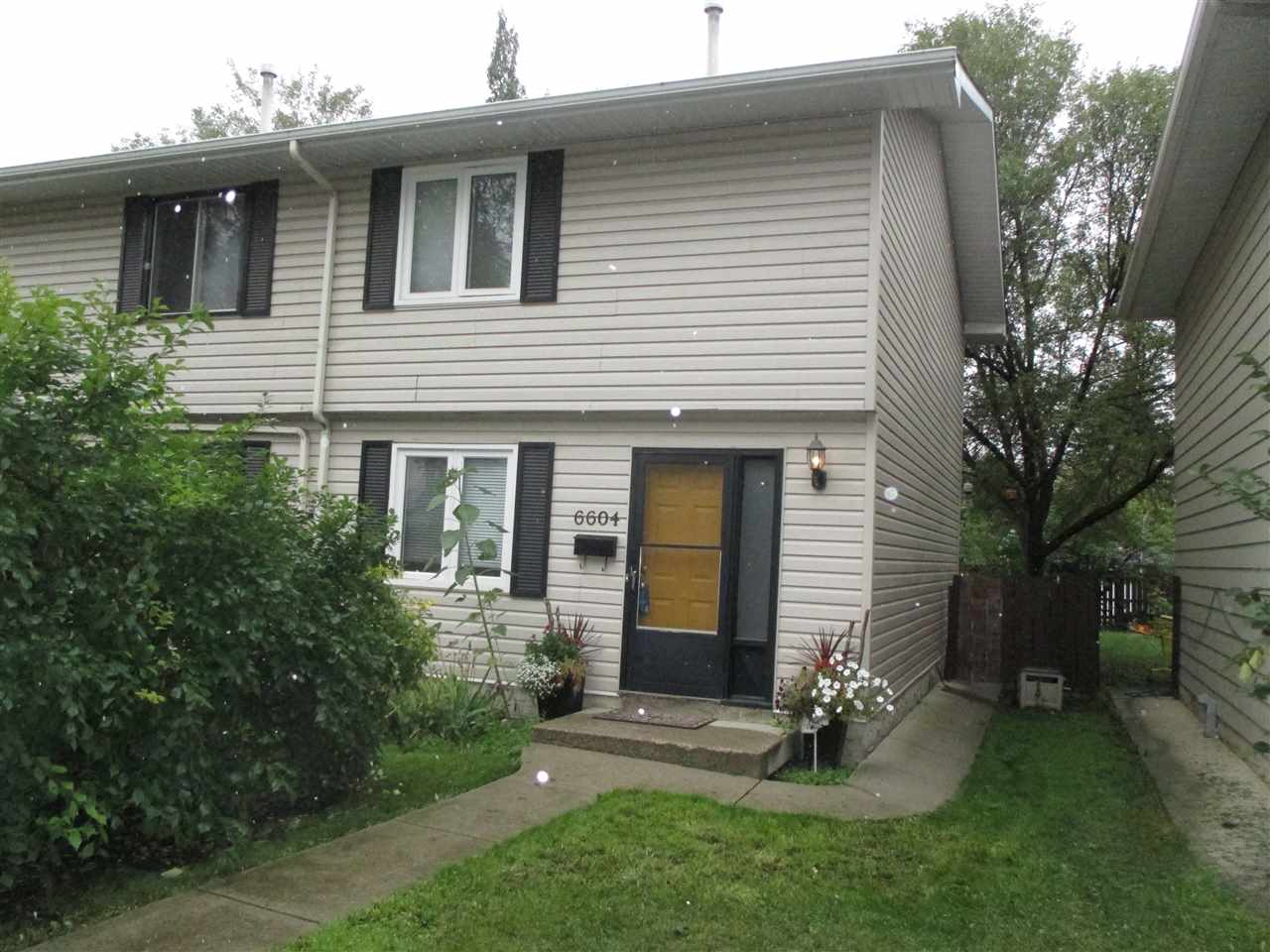 6604 106 Street, 3 bed, 2 bath, at $289,900