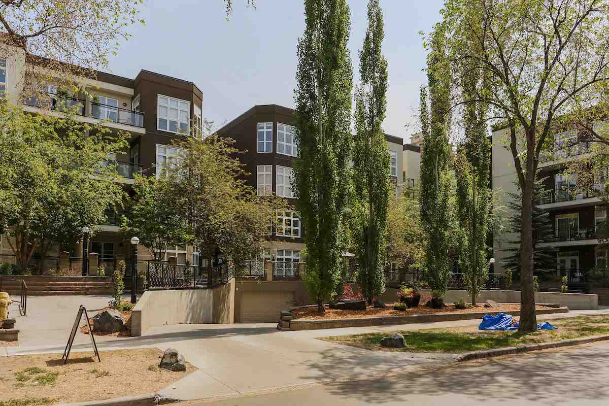 Property, 1 bed, 1 bath, at $205,000