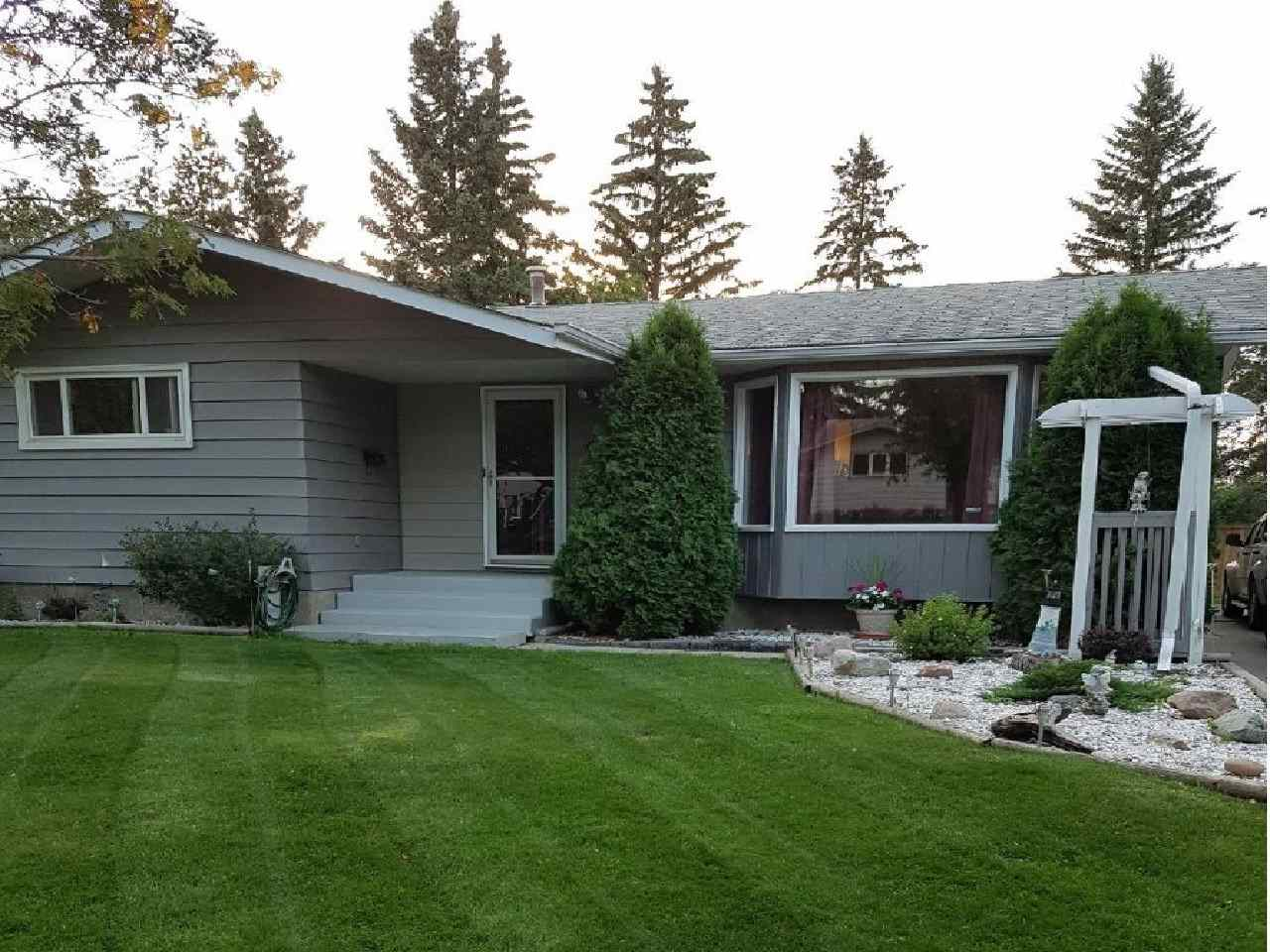 47 Glenhaven Crescent, 4 bed, 3 bath, at $369,900