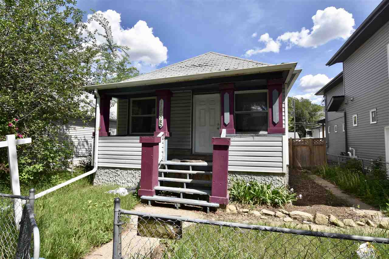 11925 78 Street, 1 bed, 2 bath, at $170,000