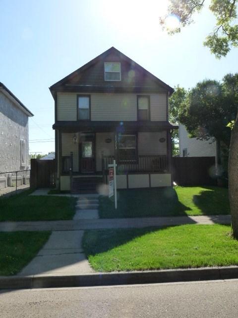 11213 95A Street, at $159,900