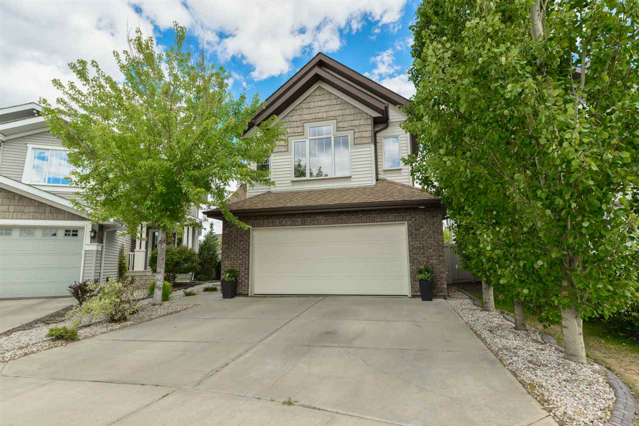 970 CHAHLEY Crescent, 3 bed, 3 bath, at $520,000