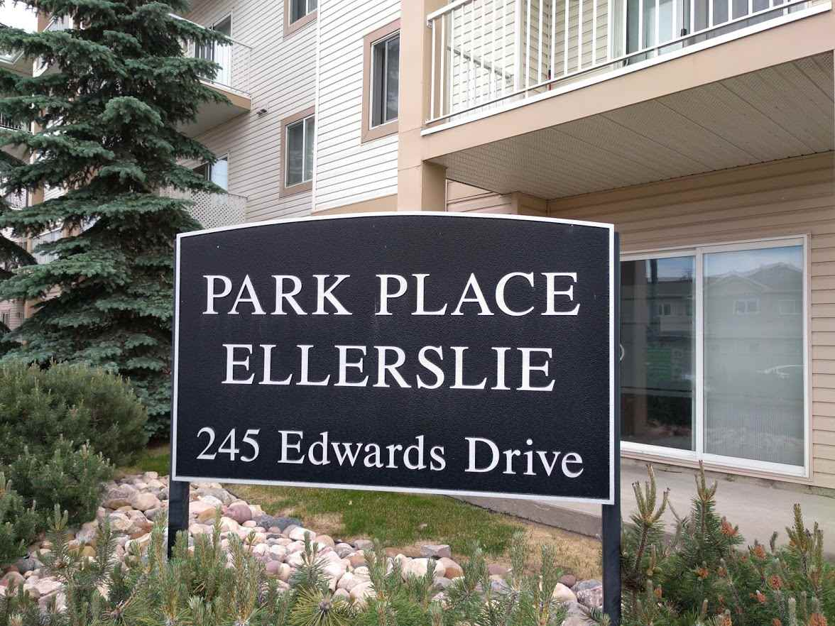 127 245 Edwards Drive, 1 bed, 1 bath, at $144,000