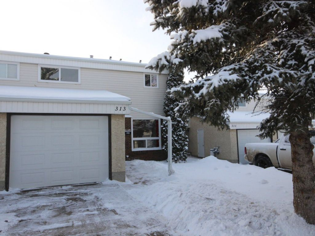 Property, 3 bed, 1.2 bath, at $185,000