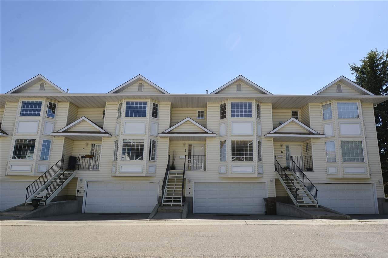 7 10 DEVON Close, 2 bed, 2.1 bath, at $324,900