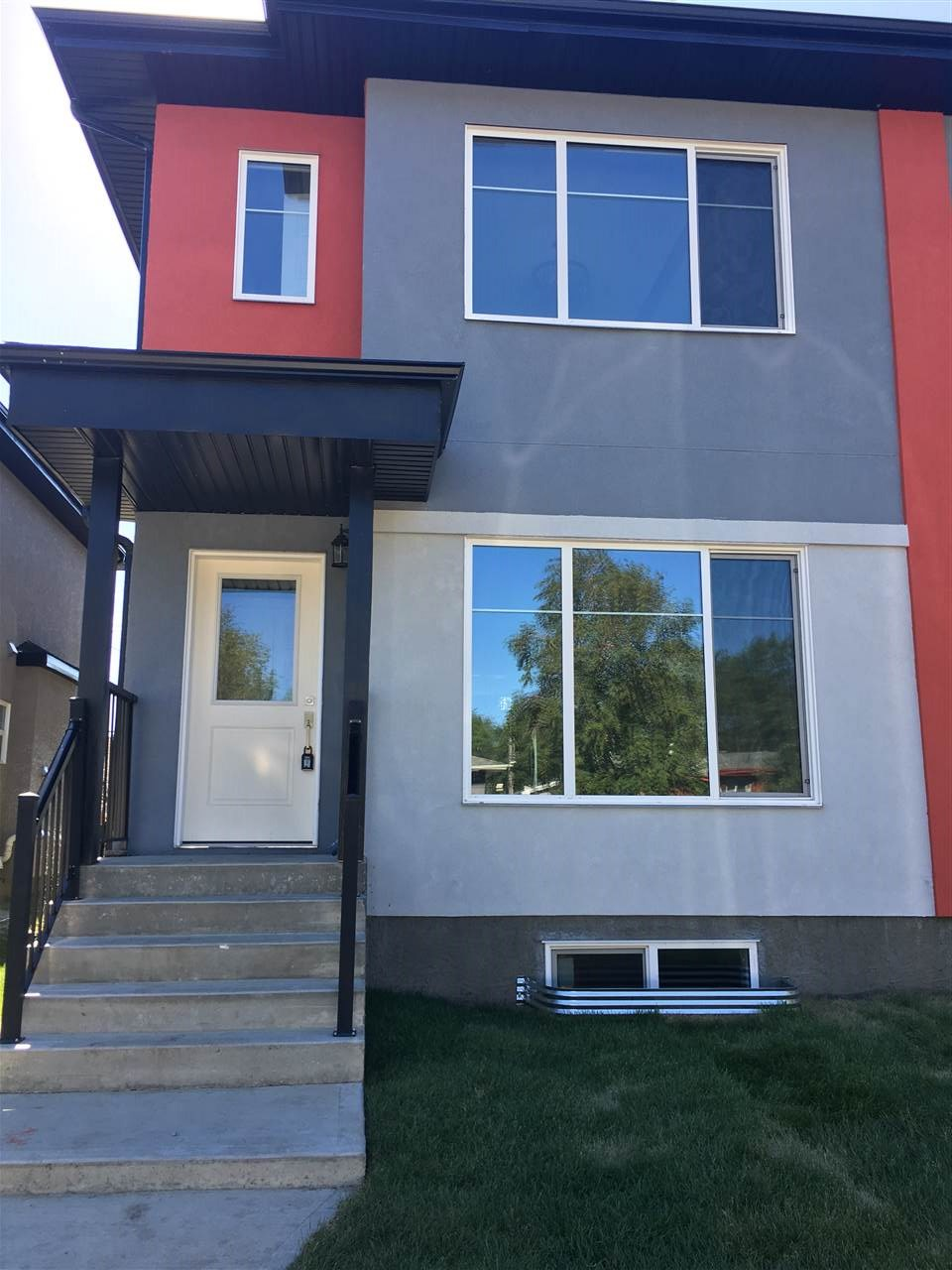 Property, 3 bed, 3 bath, at $439,900