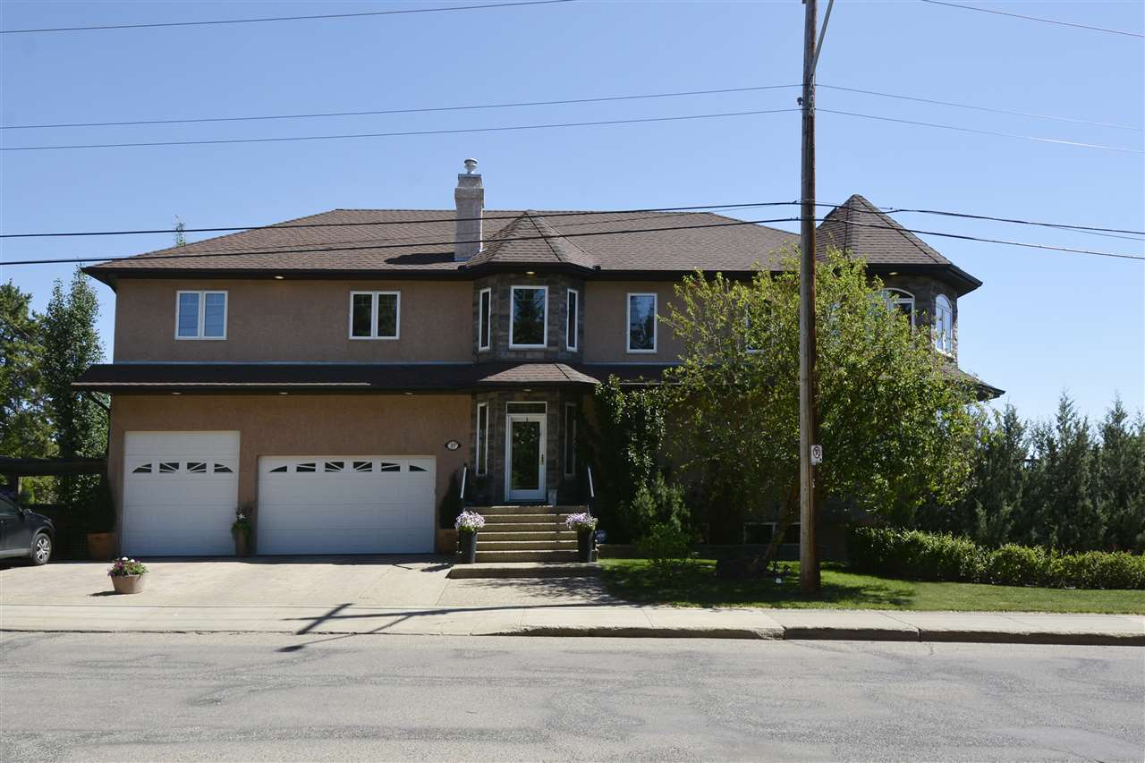 37 MOUNT ROYAL Drive, 5 bed, 3.1 bath, at $674,900