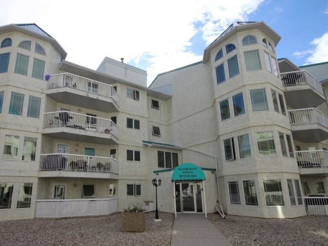 Property, 2 bed, 2 bath, at $274,900