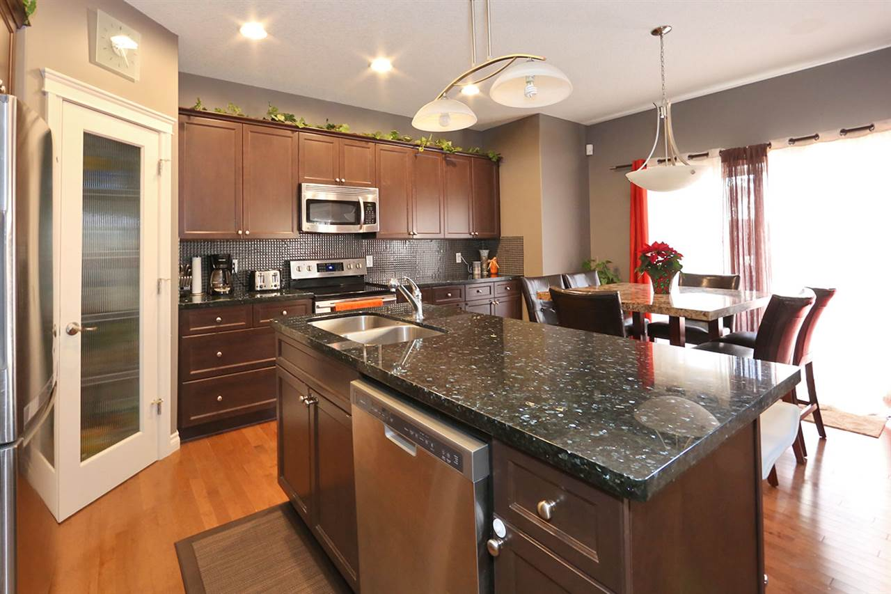 310 SILVERSTONE Way, 3 bed, 3.1 bath, at $389,900