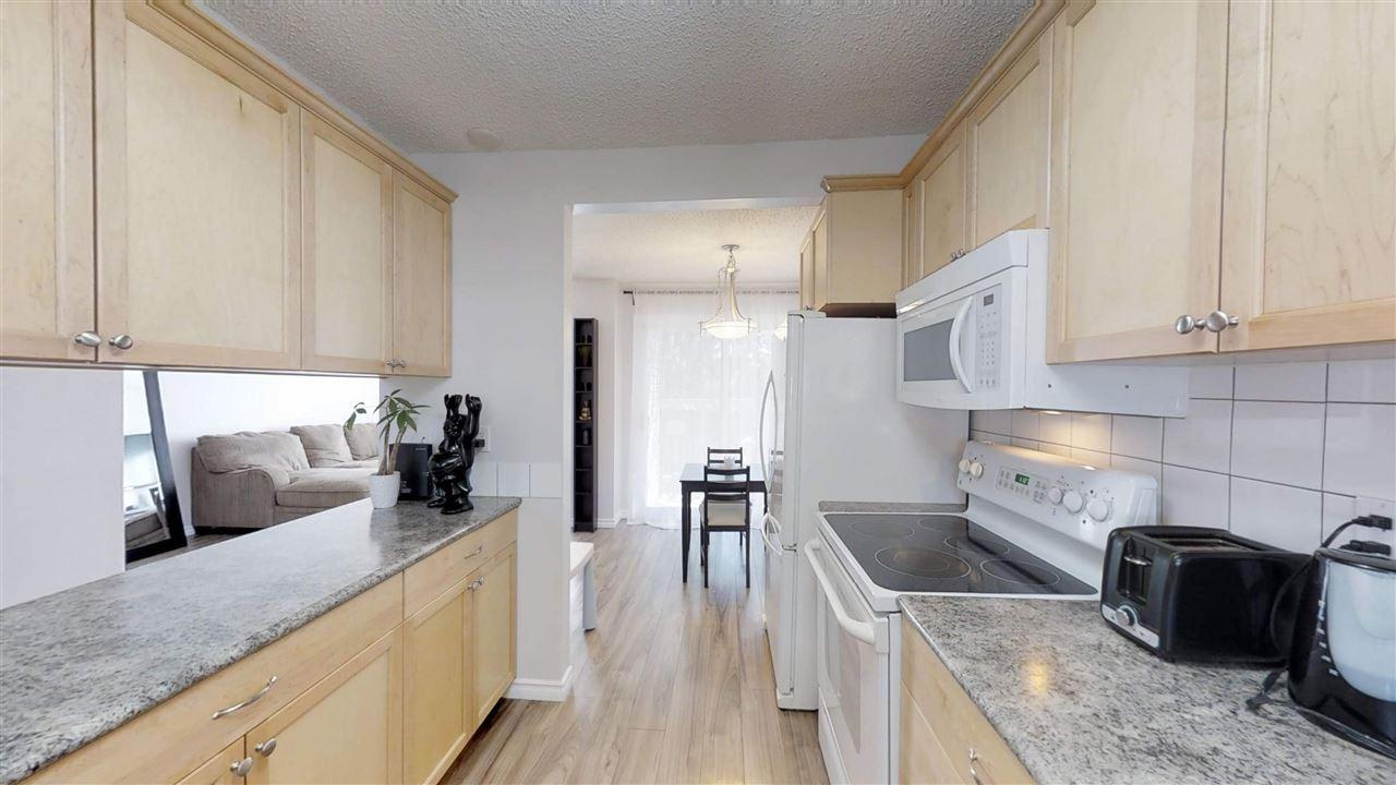 117 87 Brookwood Drive, 3 bed, 2.1 bath, at $224,900