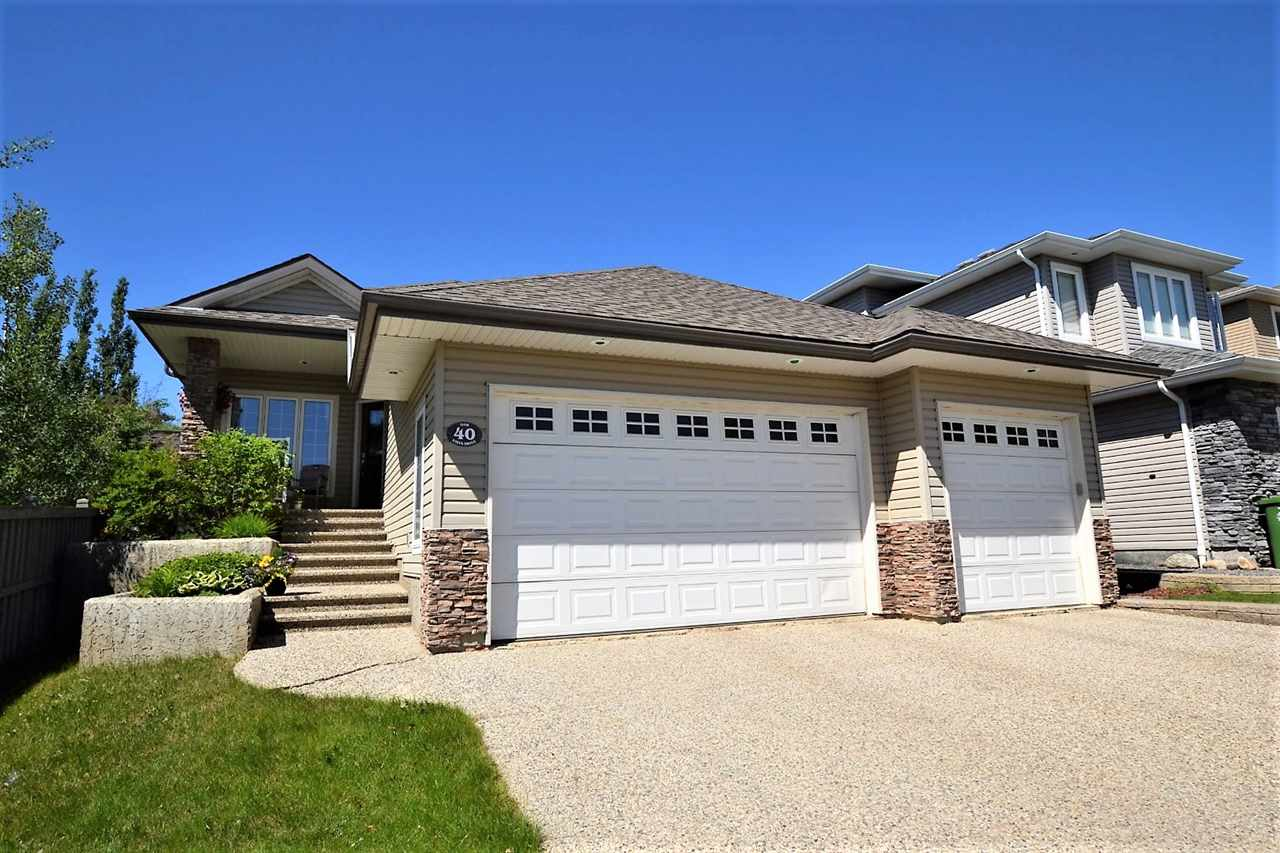 40 OAK VISTA Drive, 3 bed, 3 bath, at $519,000