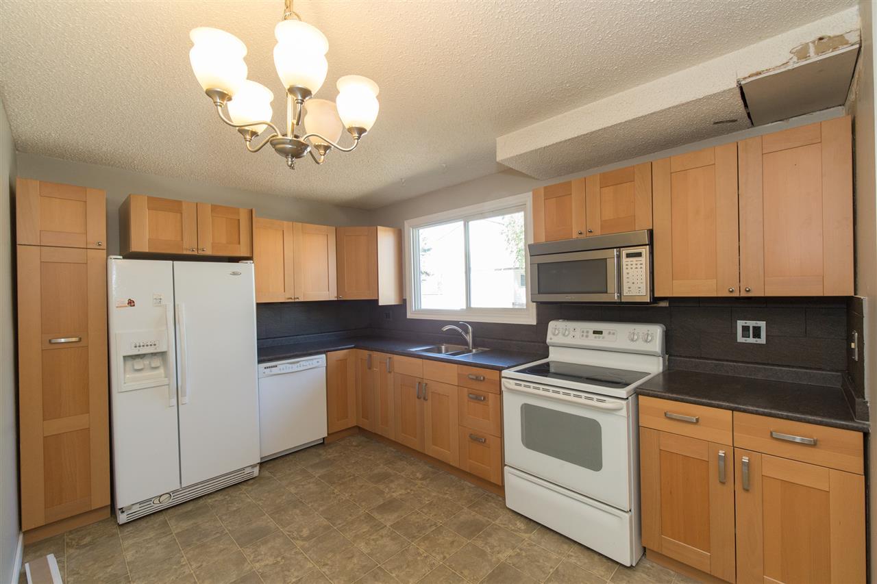 2633 135 Avenue, 3 bed, 2 bath, at $180,000