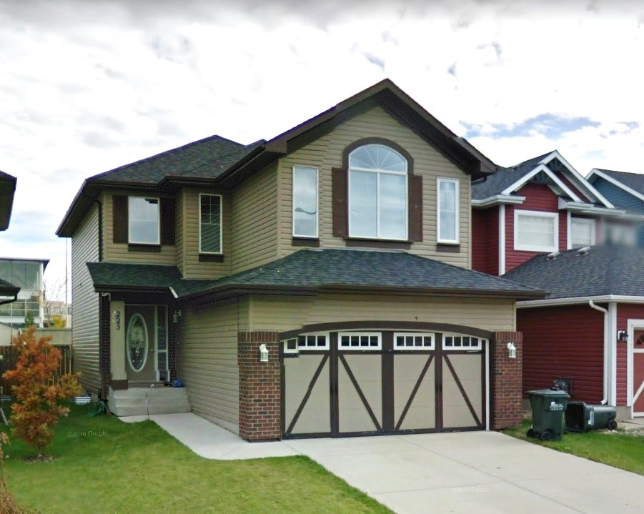 223 Ascott Crescent, 3 bed, 3 bath, at $445,000