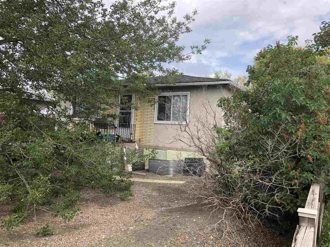 16214 100A Ave, 2 bed, 2 bath, at $362,000