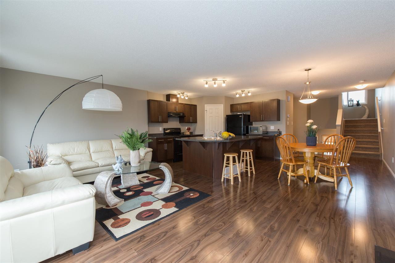 21310 61 Avenue, 3 bed, 3 bath, at $339,900