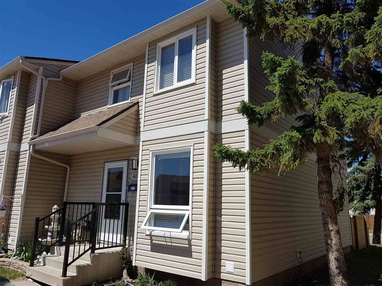 407 DUNLUCE Road, 3 bed, 2 bath, at $209,900