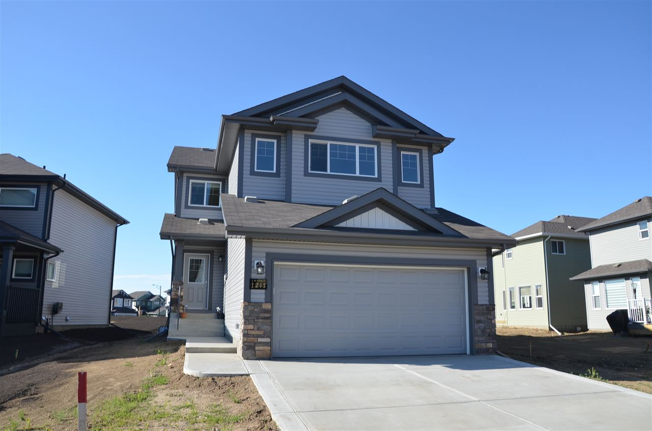 1243 25 Avenue NW, 3 bed, 3 bath, at $459,900
