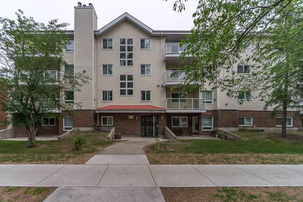 303 11807 101 Street, 2 bed, 1 bath, at $159,900