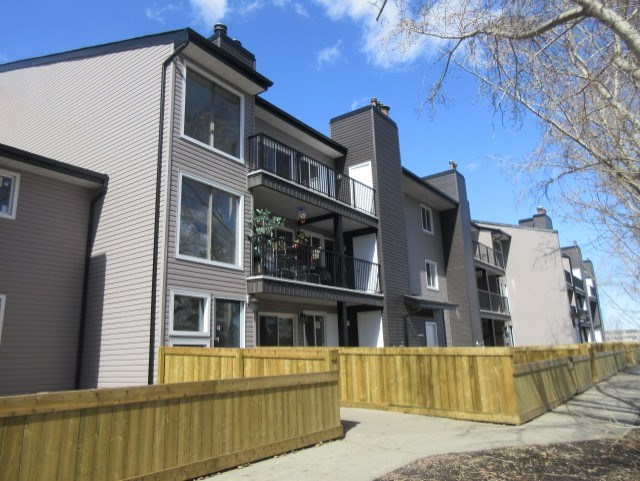 103 12412 161 Avenue, 1 bed, 1 bath, at $74,900