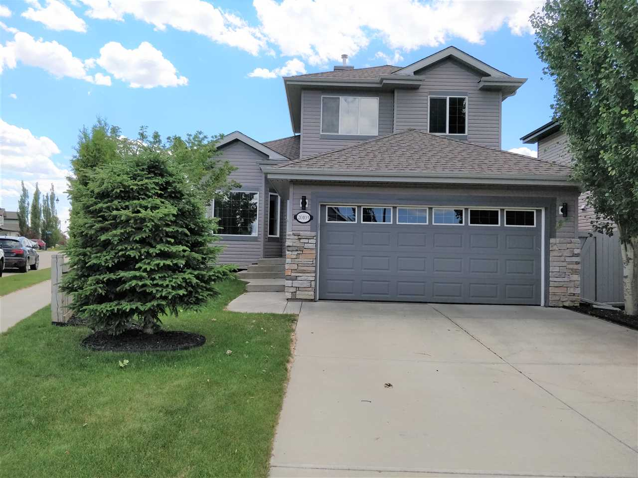 20103 60 Avenue NW, 3 bed, 3 bath, at $425,000