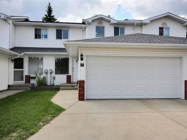 7 10 Ritchie Way, 4 bed, 4 bath, at $292,000