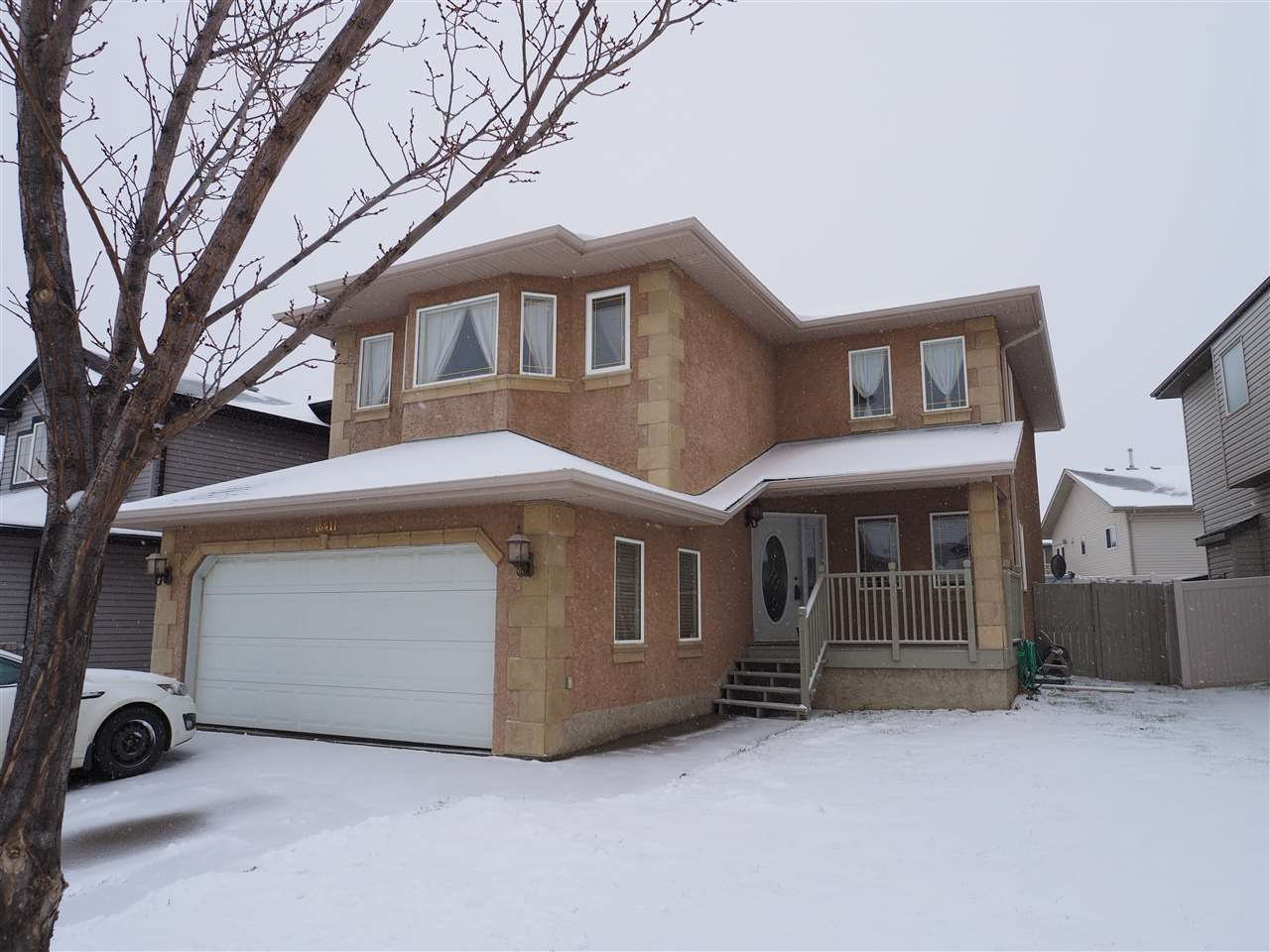 6032 166 Avenue NW, 6 bed, 4 bath, at $439,900