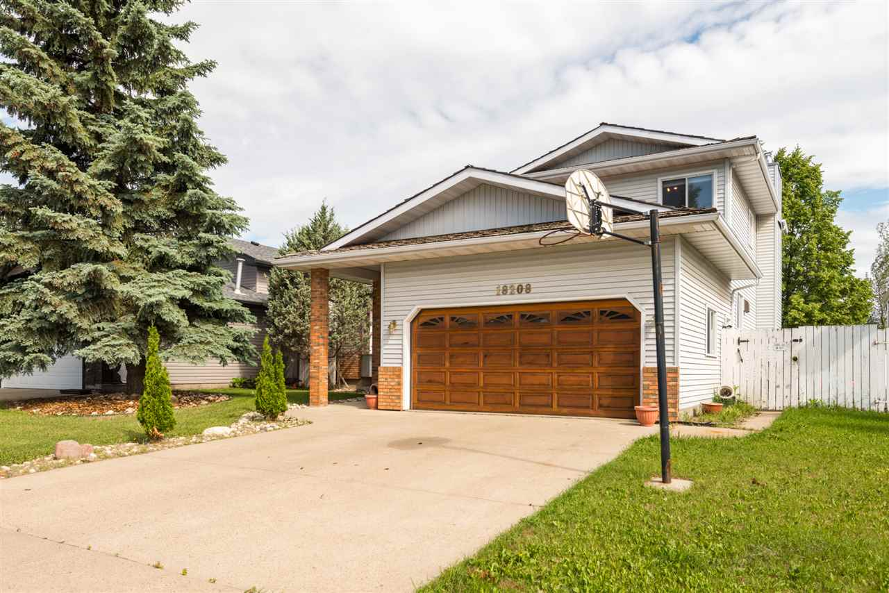 18208 61 Ave, 4 bed, 3 bath, at $394,500