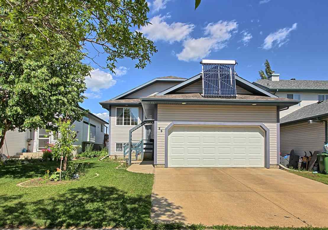 86 Oakridge Drive N, 4 bed, 3 bath, at $415,000