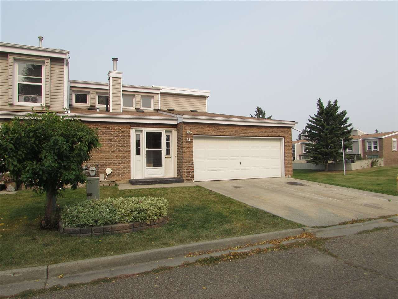 54 Grandview Ridge, 4 bed, 3 bath, at $259,999