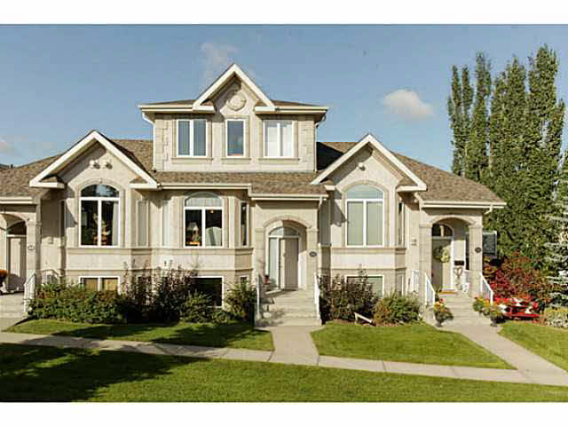 35 101 JIM COMMON Drive, 2 bed, 3 bath, at $374,900