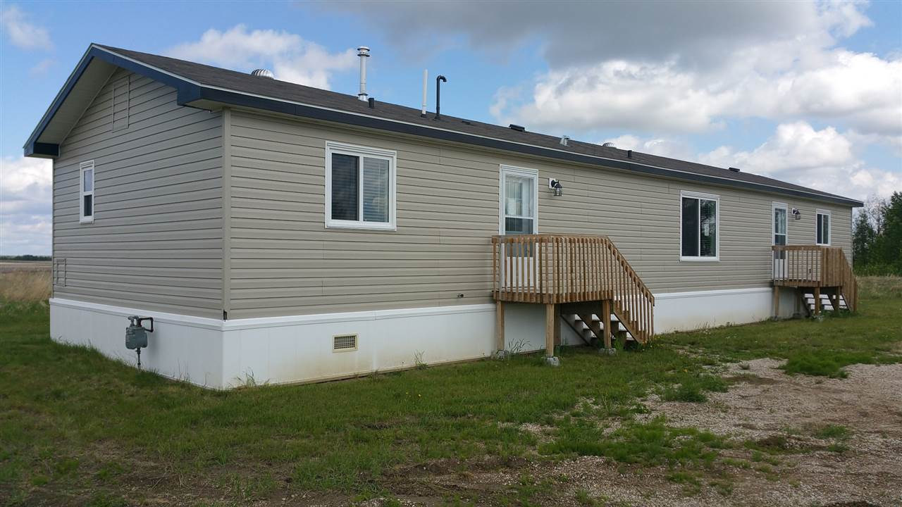 44430 Twp Rd 631, 3 bed, 2 bath, at $259,900