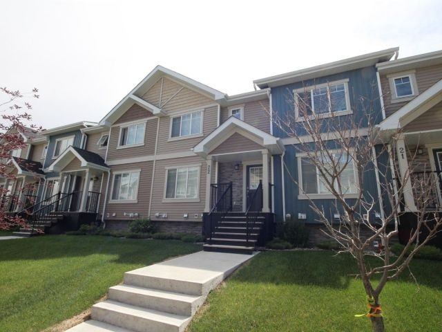 22 9535 217 Street, 2 bed, 3 bath, at $299,500