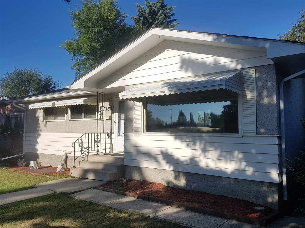 13811 62 Street, 3 bed, 2 bath, at $268,900