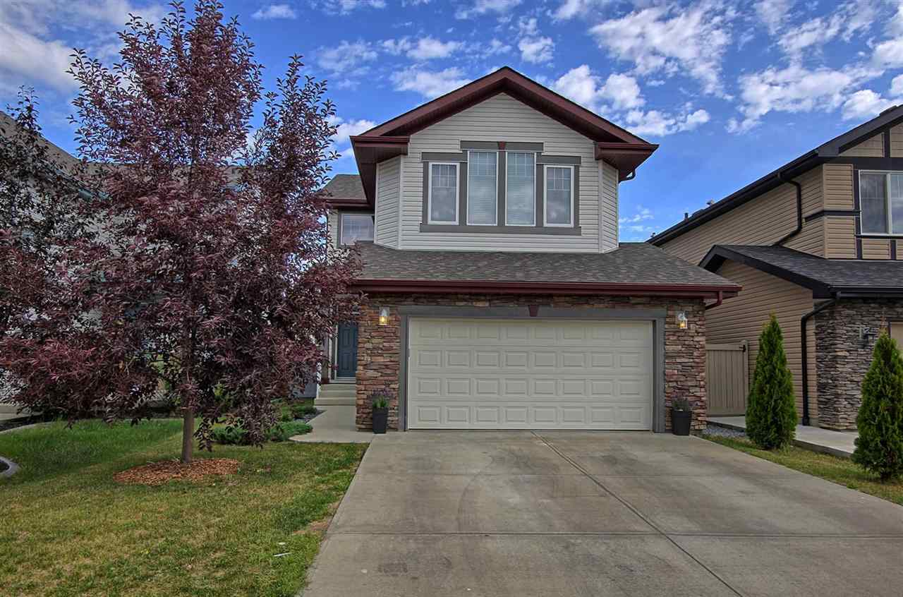 6732 19 Avenue, 3 bed, 3 bath, at $463,800
