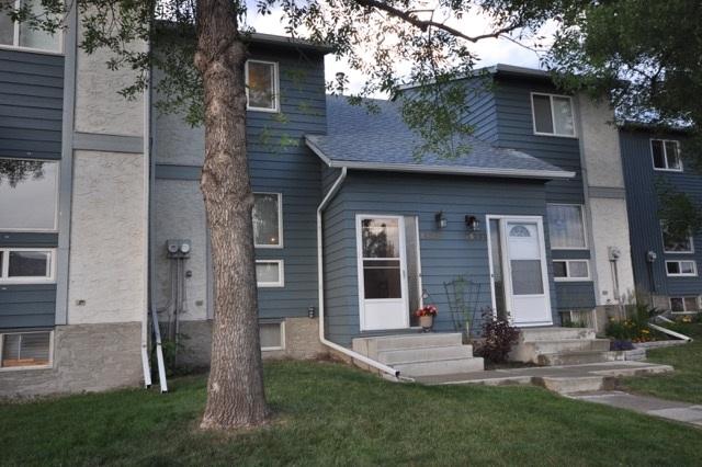 14220 31 Street NW, 3 bed, 3 bath, at $174,900