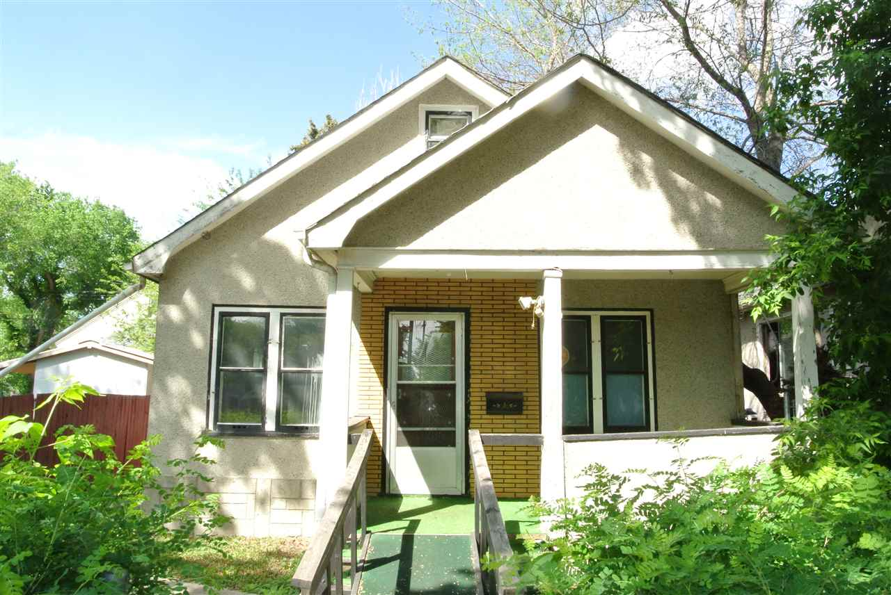 12010 92 Street, 1 bed, 1 bath, at $119,800