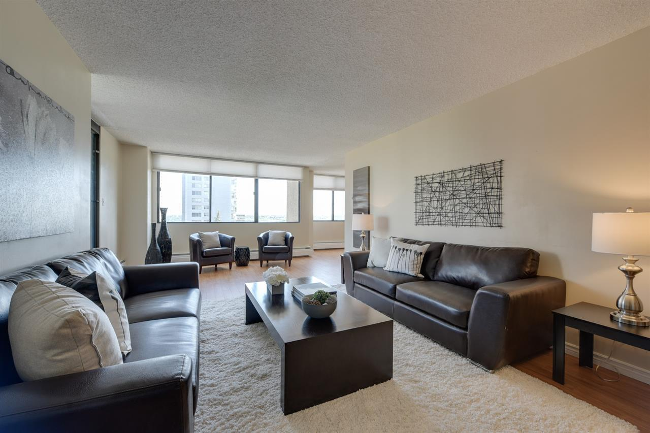 604 9921 104 Street, 2 bed, 2 bath, at $312,800