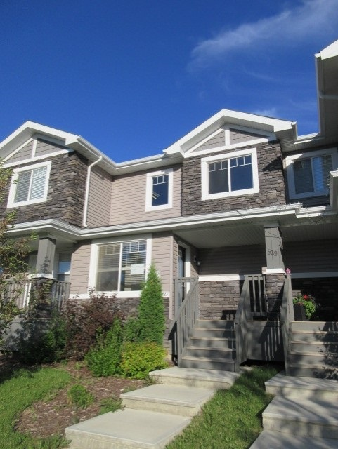 527 CHAPPELLE Drive, 3 bed, 2 bath, at $274,900