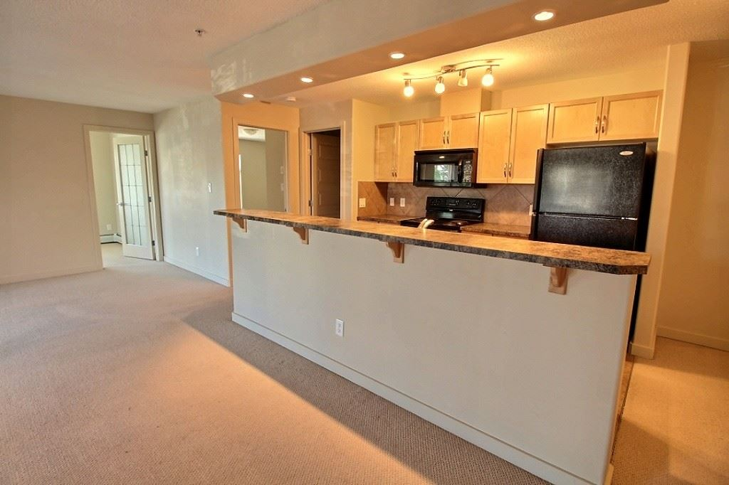 218 11615 ELLERSLIE Road, 2 bed, 2 bath, at $249,700