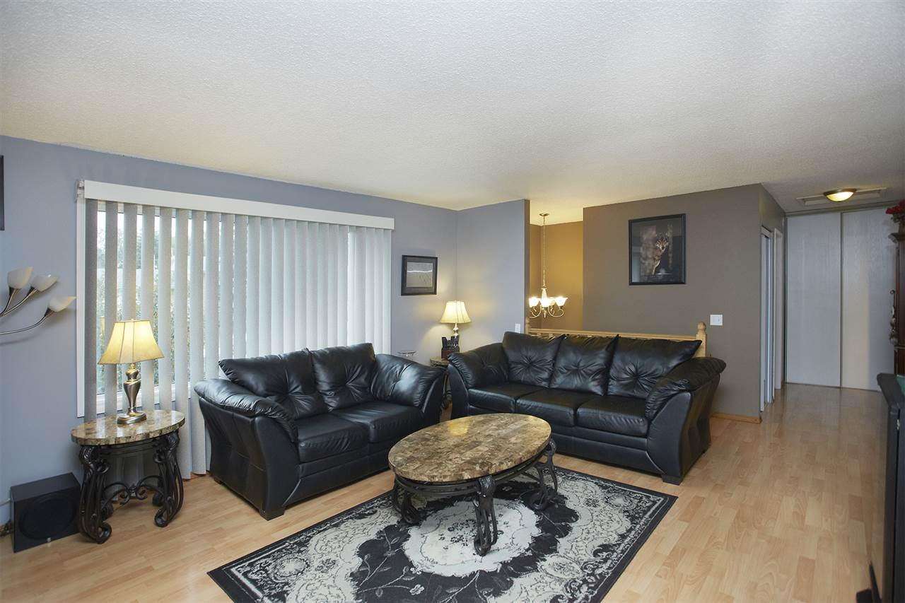 12120 150 Avenue, 4 bed, 2 bath, at $339,000