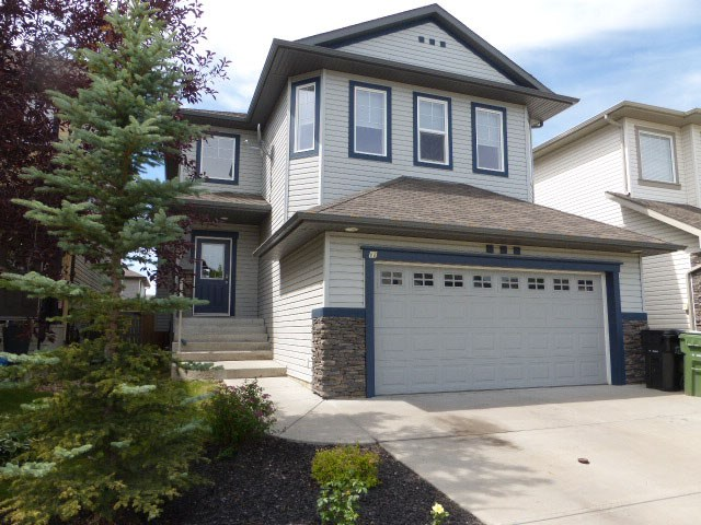 88 Snowbird Crescent, 4 bed, 4 bath, at $372,500