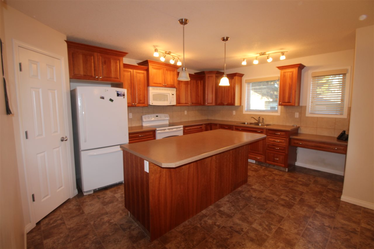 9611 83 Avenue, 3 bed, 3 bath, at $499,900