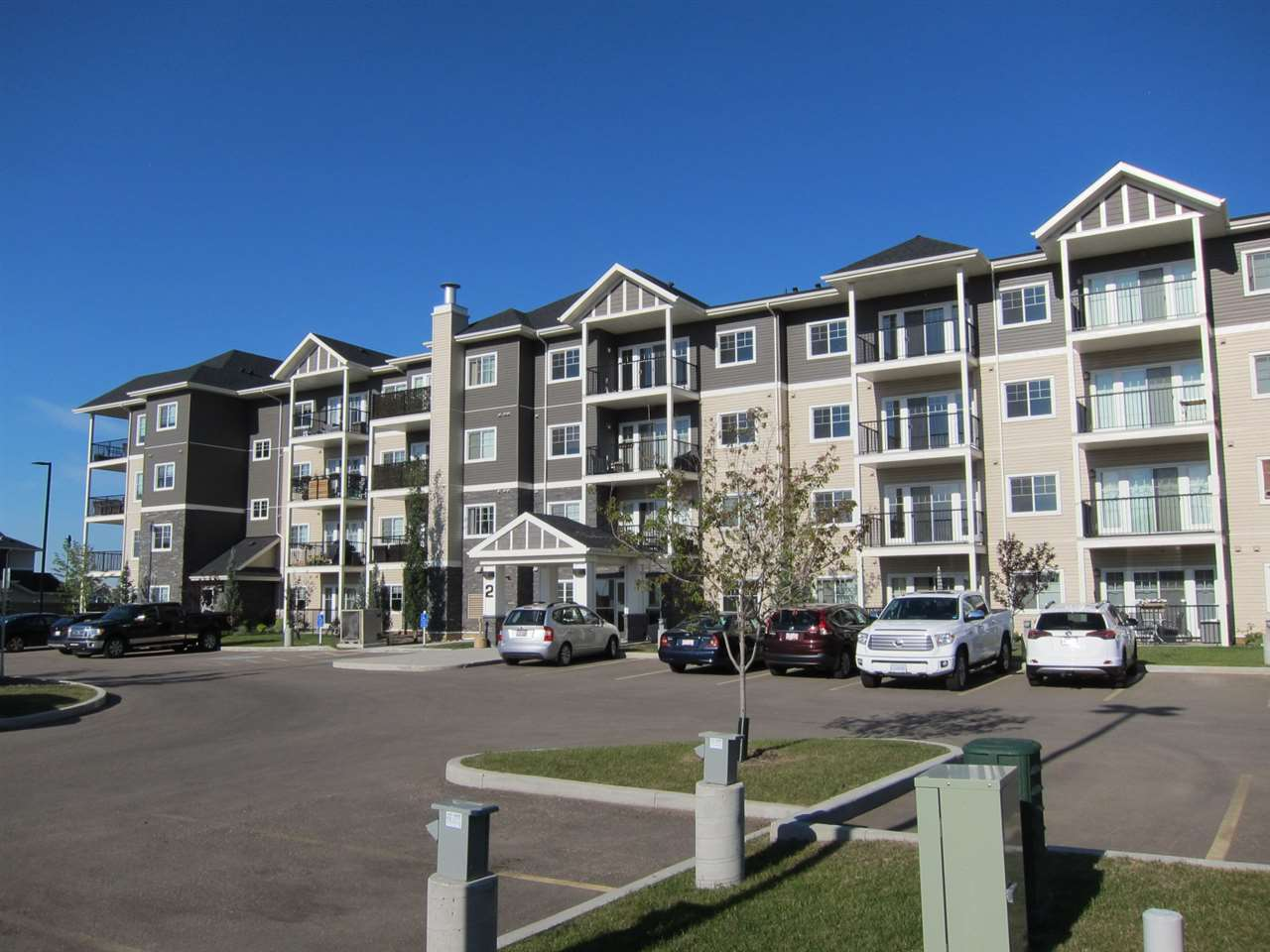1213-2 Augustine Crescent Crescent, 1 bed, 1 bath, at $214,900